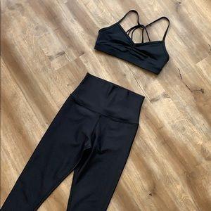 Alo Yoga Set